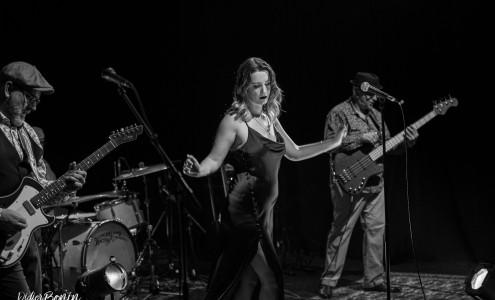 Elise & The Sugarsweets (F) Blues